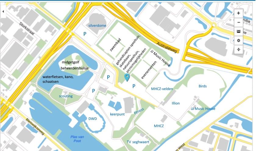 Bestaande voorzieningen in een blauw lettertype weergegeven; in een zwart lettertype de ideeën van Zoetermeer Vooruit bij de verdere invulling van het Van Tuyll familiesportpark. Foto: pr
