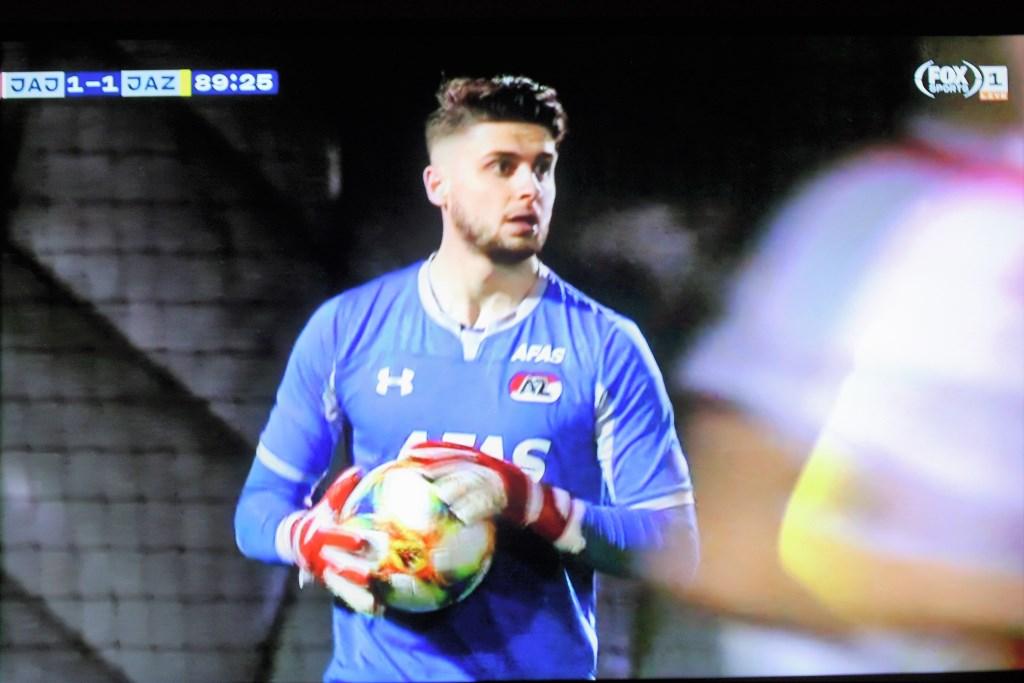 AZ-keeper Rody de Boer debuteerde maandagavond tijdens Jong Ajax-Jong AZ (schermfoto FOX Sports LIVE).  © Het Krantje