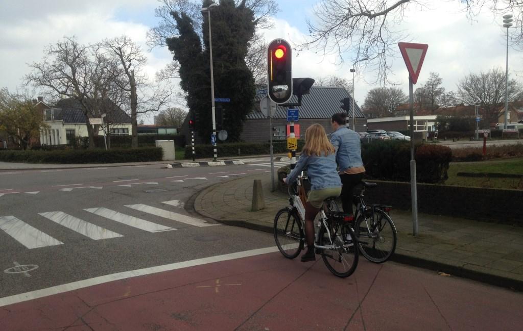 De situatie bij de kruising Eerste Stationsstraat/Karel Doormanlaan in Zoetermeer.  © Postiljon