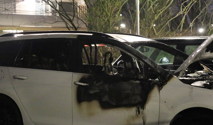 De afgelopen maanden wordt Leidschendam-Voorburg geteisterd door een reeks van autobrandjes en vernielingen met vuurwerk (archieffoto).