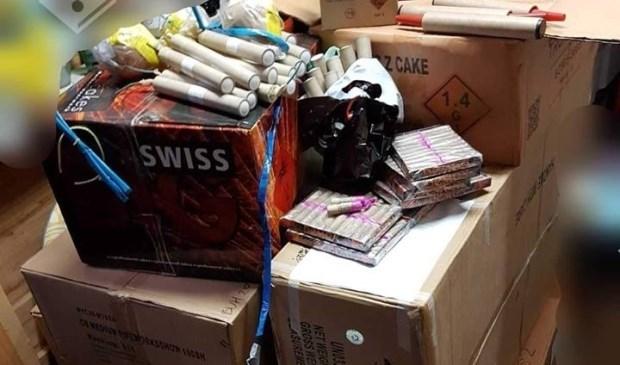 Een grote hoeveelheid illegaal vuurwerk werd opgeslagen in een bunker in Duitsland aan de grens met Nederland (archieffoto).