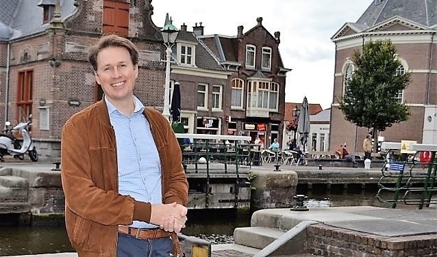 """Raadslid Fred Duijn (CDA): """"Zonder betere doorstroming en meer parkeerplekken slibt het centrum dicht"""" (foto: Inge Koot)."""