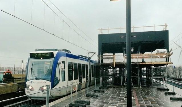 Uit de testen bleek dat de spoorbeveiliging voor het gehele traject goed werkt. Foto: https://www.stationlansingerland-zoetermeer.nl/actueel/