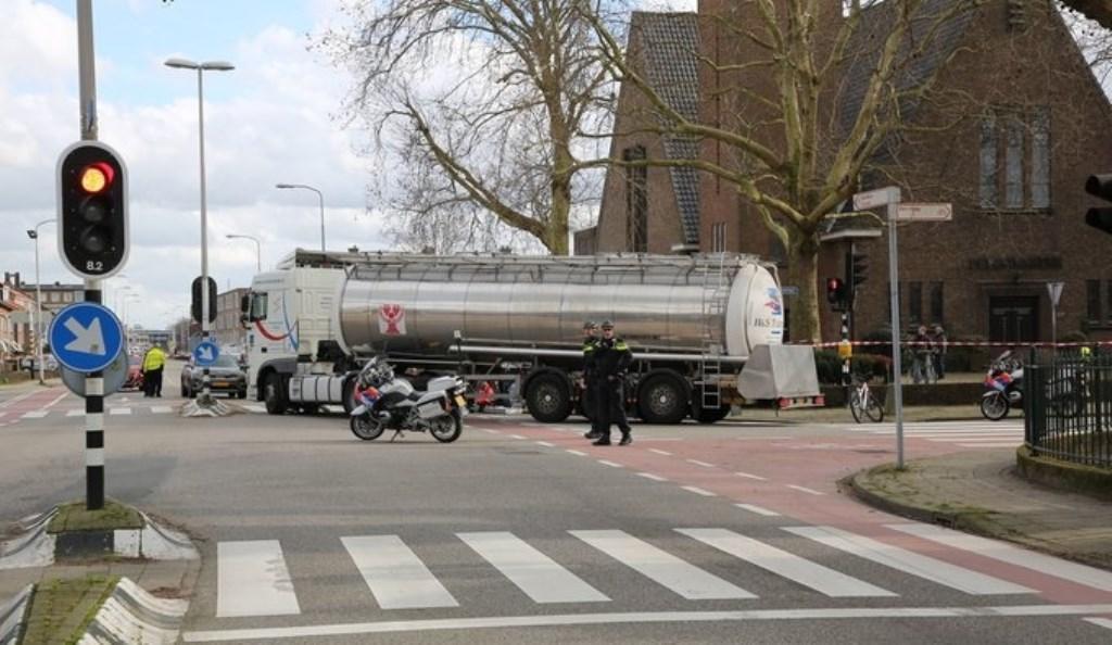Zicht vanaf de Oranjelaan, die overgaat in de Karel Doormanlaan. Foto: regio15.nl / Roy Wolters  © Postiljon