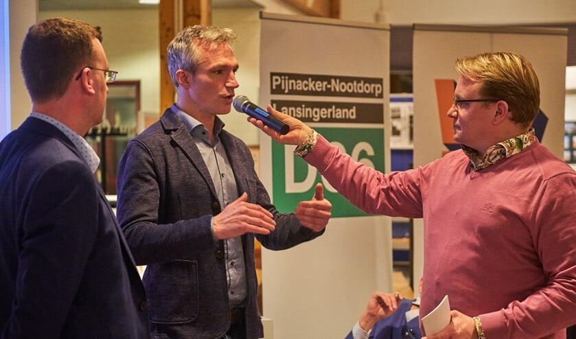 Berend Potjer van GroenLinks aan het woord. Het debat werd geleid door Gert-Jan Jense (rechts).