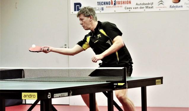 Michel haalde het onderste uit de kan door zelfs tegen kopman Sjoerd Bek vijf games te spelen (foto: Remco Bruijne).