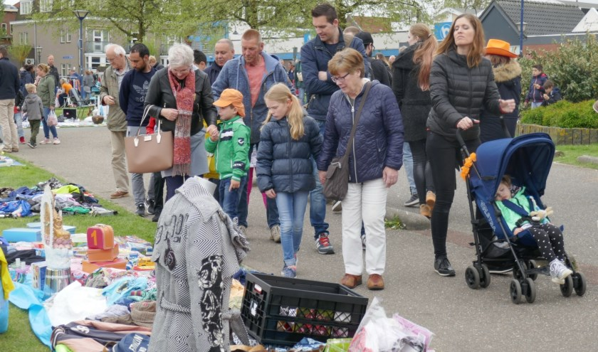 Koningsdag Zoetermeer, vorig jaar rondom de Dorpsstraat. Foto: Jan van Es
