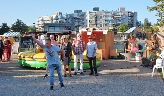 Spel, eten, drinken, zon, muziek en mediterraanse ambiance maken dit toernooi uniek en creëren zo ook een heerlijk vakantiegevoel. Foto: pr