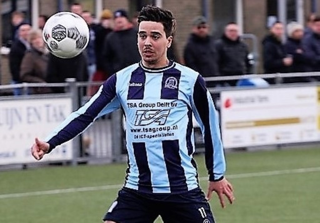 Brian de Jong (Forum Sport) kreeg na lang blessureleed tegen FC 's Gravenzande en Deltasport speelminuten (archieffoto: AW).   © Het Krantje
