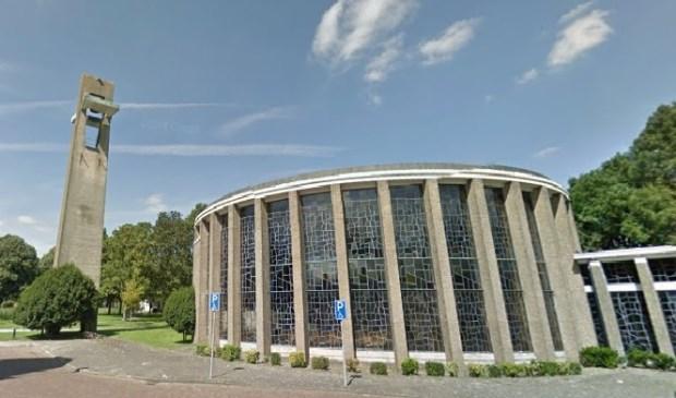 De St. Jozef Opifexkerk aan de Burgemeester Sweenslaan in Leidschendam (foto: Google Streetview).