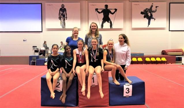 De trainsters en turnsters zien het seizoen bekroond met veel medailles in de finale Zuid-Holland (foto: pr).