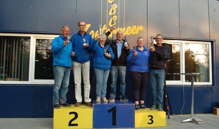 1.Miep Kalveen en Gerard Langeree 2.Piet Molema en Cor Lens 3.Annemiek de Vos en Gerrit Ouwerkerk. Foto: pr