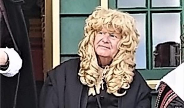 'Christiaan Huygens' in hoogst eigen persoon komt de molentuin bij De Vlieger openen (foto: pr).