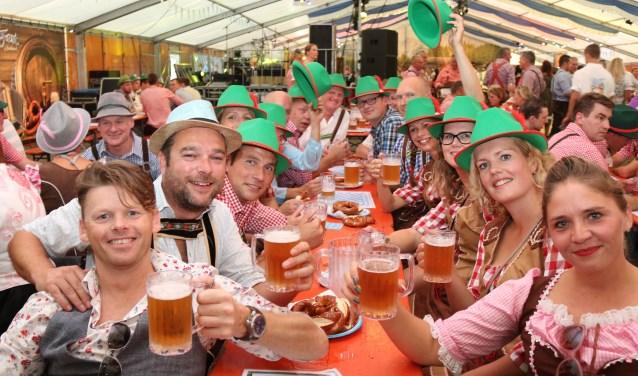 Op vrijdag 11 en zaterdag 12 is het Oktoberfest in Nootdorp. Op vrijdag is het voor bedrijven en organisaties.