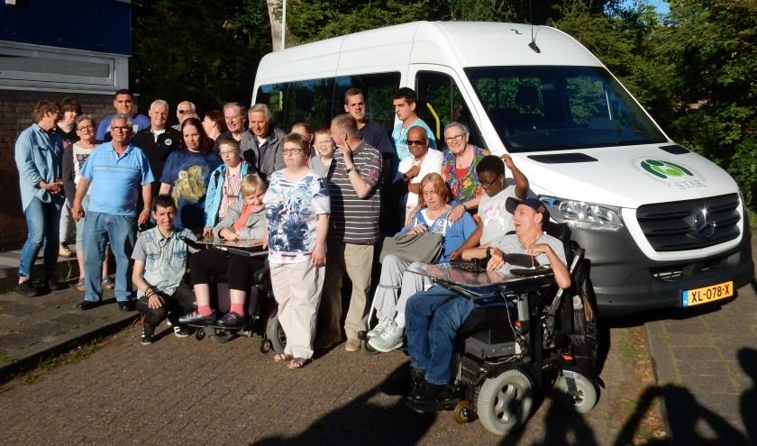 De bus is voor vervoer van personen (jong en ouder) met een beperking naar de verschillende vrijetijdsactiviteiten van de STAK. Foto: pr