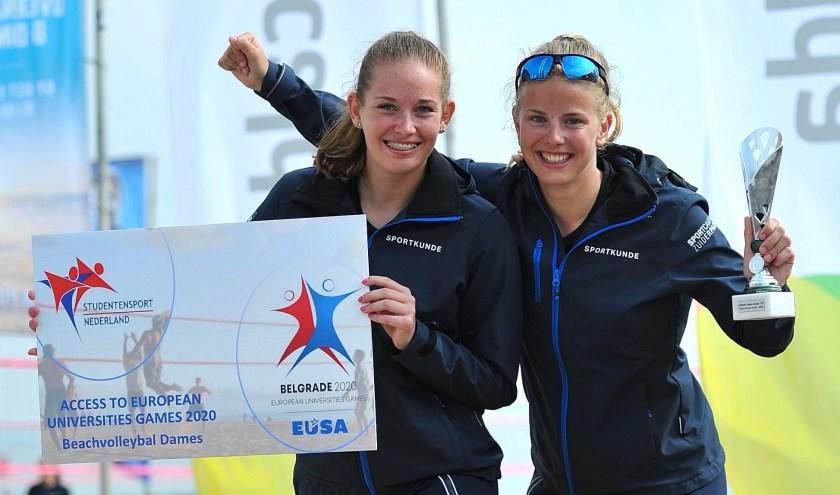 De Zoetermeerse Lindy Schouten (l.) en Lyn de Jong (uit Wateringen). Foto: pr