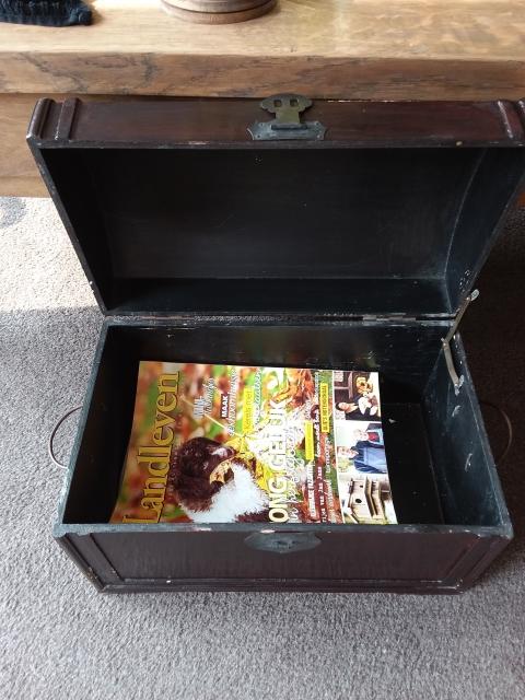 Houten Kist Koffer.Mooie Oude Houten Kist Koffer Marktplein