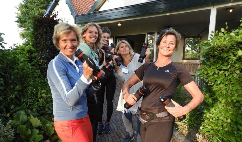 De NOOVA-dames kregen onder andere een XCO Power Walking-les.