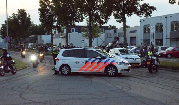 Voortijdig einde van motorstunts op Lansinghage in Zoetermeer. Foto: AS Media