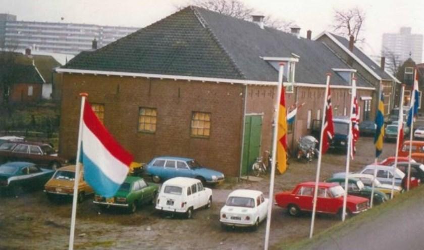 Een blik in het verleden. Een foto van de schietvereniging uit een tijd dat Zoetermeer er nog wat dorpser uitzag. Foto: SVZ