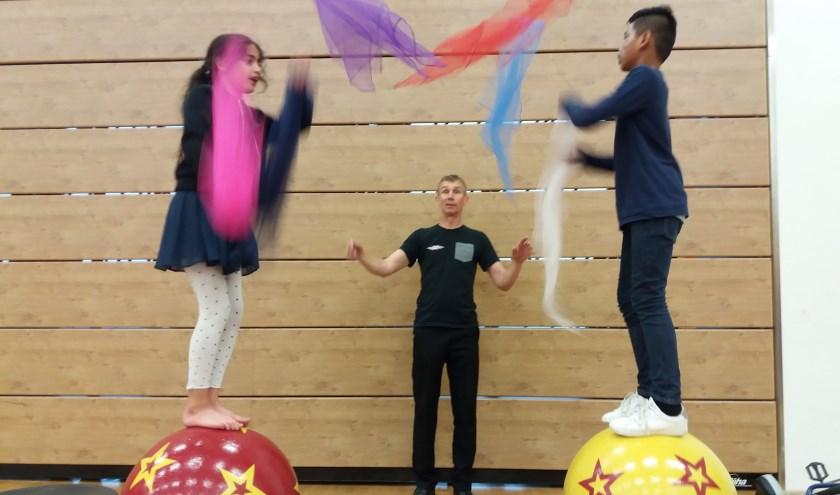 Oefenen als circusartiest. Foto: Piëzo