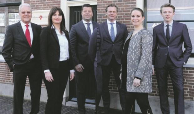 Jan Dijksman, Bea Verhoop, Jan Willem Dijksman, Edwin Doesburg, Julia Diepenveen en Niels van Rees.