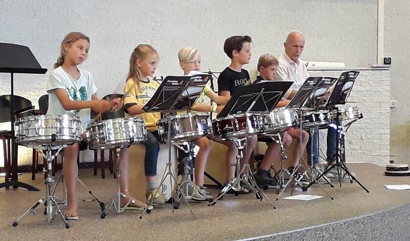 Vrijdag gaf de Muziekschool een zomerconcert in de Ontmoetingskerk.