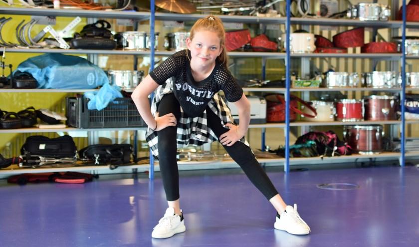 De 11-jarige Fiene Freriks heeft een dansworkshop gegeven:'Ik hou van alle soorten dans'. Foto: Renate Mamber