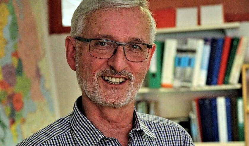 Maarliefst 26 jaar was De Regt leerkracht op diverse scholen in Voorburg: de Ireneschool, de Julianaschool en De Driemaster.