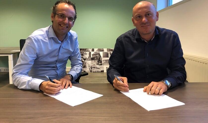 Martijn Hulsen van Toponderzoek en Erhard Soeterbroek van Telstar Uitgeverij.