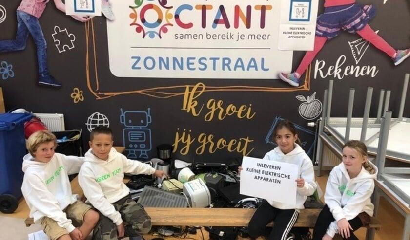 <p>Octantschool Zonnestraal ((Ypenburg) heeft ook een leerlingenraad die zichzelf heeft gebombardeerd tot 'Green Team'. Foto: pr</p>