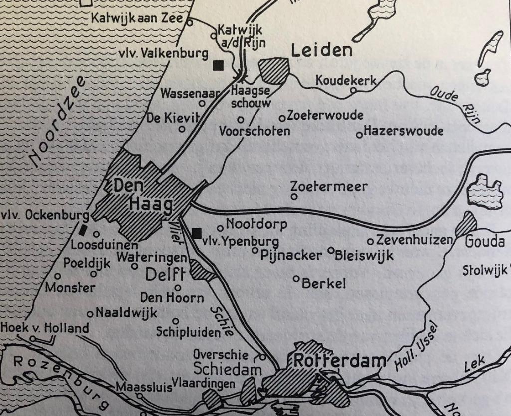 Overzicht van het strijdtoneel. In dit totaalbeeld moet de slag om Ypenburg worden gezien. Kaart uit: 'De slag om de Residentie 1940'  © Telstar Uitgeverij B.V