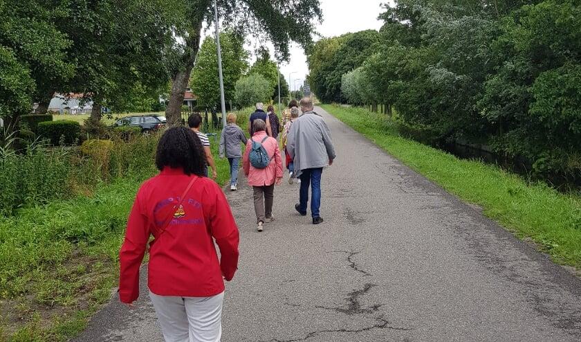 Iedere woensdagmorgen wordt er gewandeld in Leidschenveen. Foto: pr