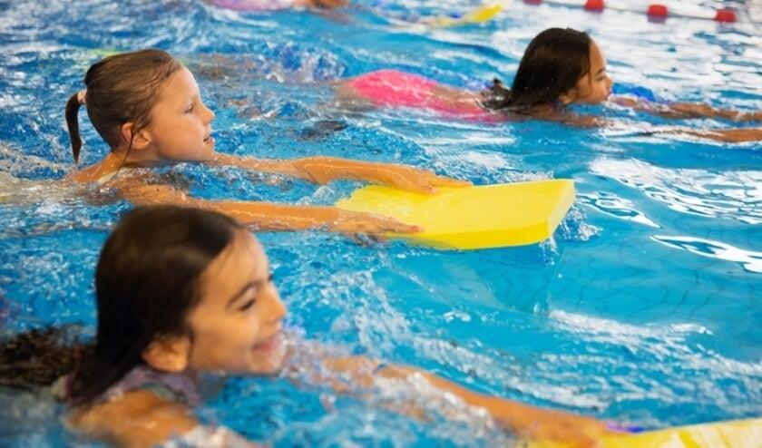 "<p>Kinderen willen graag weer op zwemles in Den Haag. Foto: <a href=""//www.denhaag.nl"">www.denhaag.nl</a></p>"