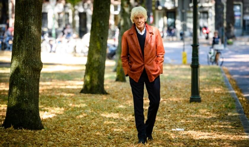 <p>Haags icoon Paul van Vliet. Tekst: Martin Reitsma i.s.m. uitgeverij Balans / Foto: Roy Beusker</p>