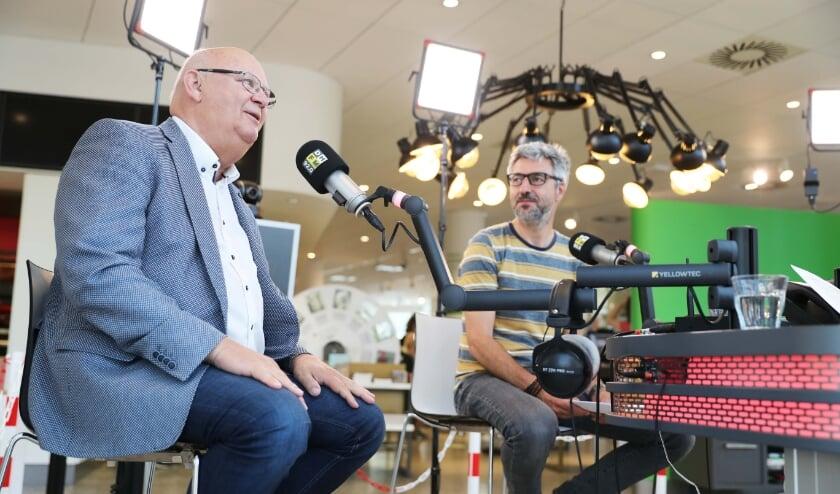 <p>Drie nieuwe voetbalprogramma&rsquo;s Haaglanden Voetbal op tv bij Den Haag FM. Foto: pr</p>