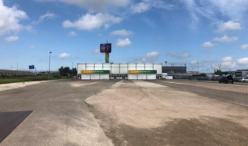 <p>De nieuwe XL corona testlocatie (Testen voor Toegang) van Stichting Open Nederland aan Donau in Forepark, vlakbij de A12 en Leidschenveen. Foto&rsquo;s: Peter Zoetmulder / Foto 5: Robert Oosterbroek</p>