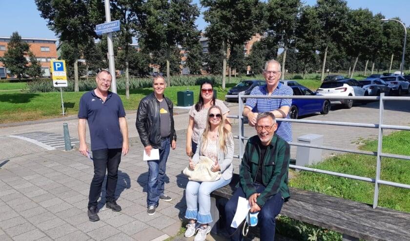 <p>Het Wijkschouwteam met zittend 2e van rechts Jolanda Klok.(Bron: Jolanda. Tekst: Dick Muijs)</p>