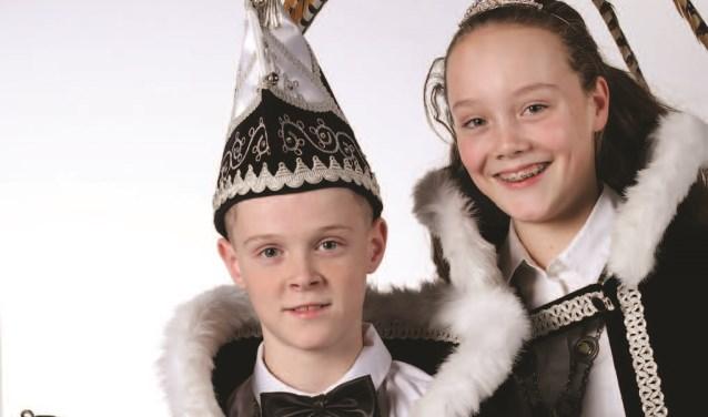 Jeugdprins Jim I  en jeugdprinses Maud. Foto: Fotohuis Venray.