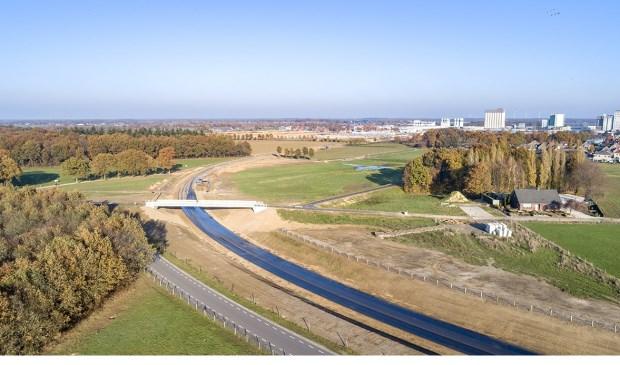 Op woensdag 19 december wordt ook de naam van de fietsbrug over de rondweg onthuld.