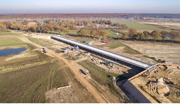 De nieuwe brug wordt naar verwachting in april 2019 geopend. Foto; projectbureau Ooijen-Wanssum.
