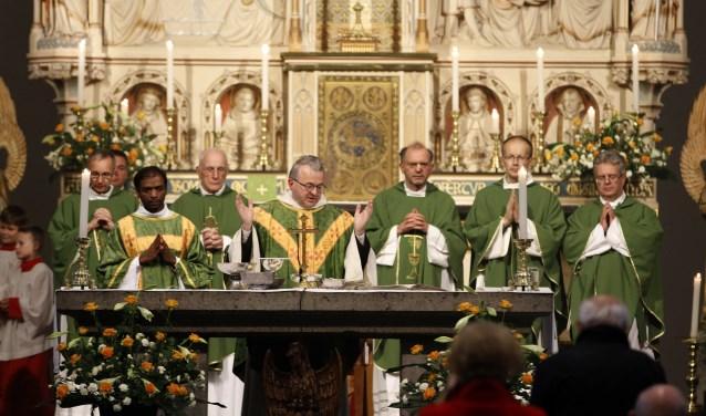 Harrie Smeets wordt zaterdag tot bisschop gewijd. Foto: archief Peel en Maas.