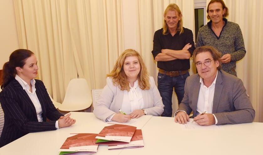 Overeenkomst Schuttersveld getekend.