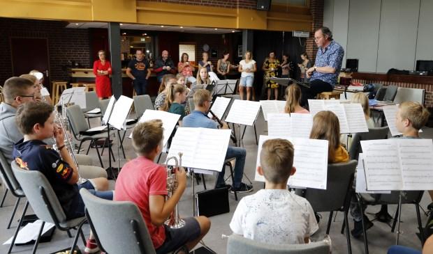 De eerste repetitie van No Limit was zondag in De Linde in Oirlo. Foto: Rikus ten Brücke.
