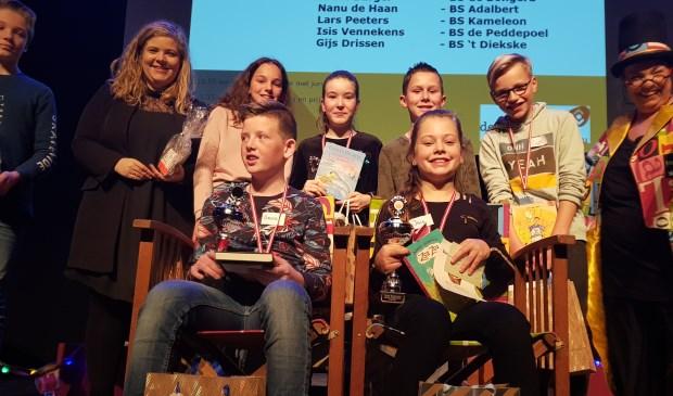 Brent Burger  en Isis Vennekens zijn de winnaars van de regionale voorleeswedstrijd.