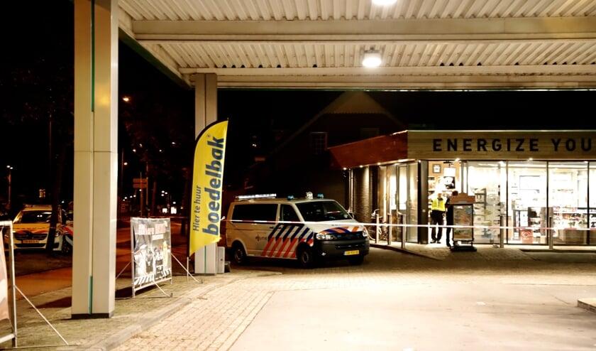 De politie rukte na de melding meteen uit naar het tankstation. Foto: SK-Media