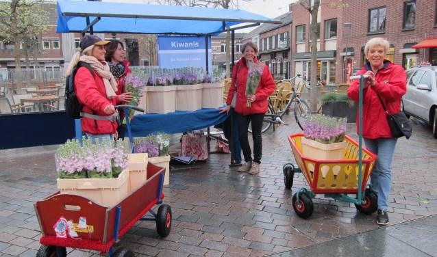 Rooyse Ladies in actie voor KidzBase - Peel en Maas Venray