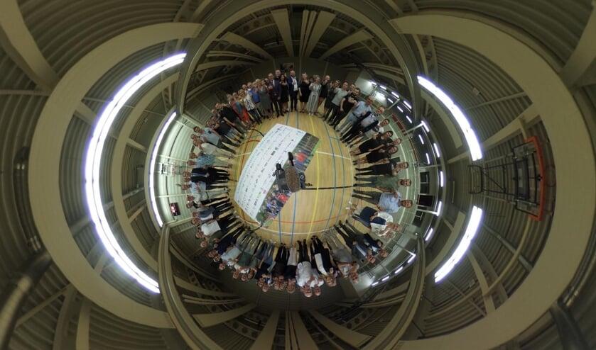 Ruim zestig organisaties, instellingen, bedrijven, verenigingen en evenementen tekenden 17 juni bij Optisport het Leefstijlakkoord Venray.