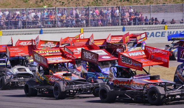 Raceway Venray staat komende maandag weer in het teken van de Pinksterraces.