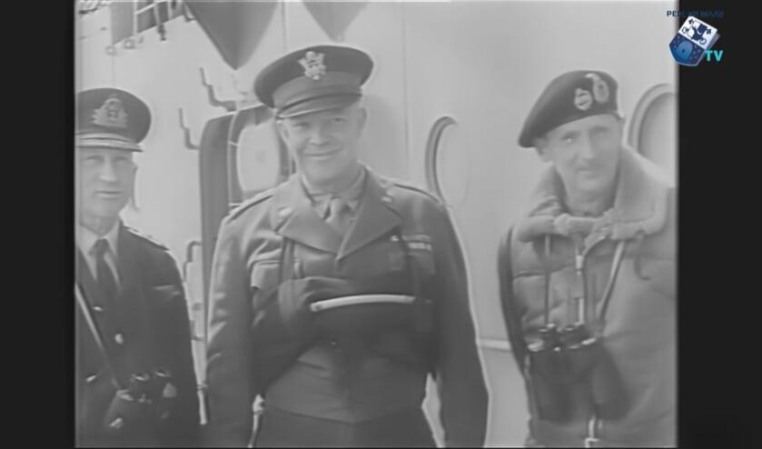 Op de foto rechts de Engelse generaal Montgomery, in het midden opperbevelhebber Eisenhouwer van de geallieerde troepen.